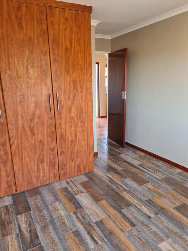 Property For Sale in Southfield, Cape Town 9